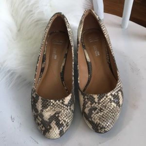 Clarks Shoes - Gorgeous snake skin print Clarks wedges